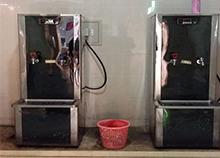 安装步进式开水器选圣蓝开水器厂更专业