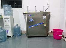 普耐光电:喝开水选用圣蓝工厂不锈钢开水机